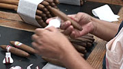 Cigar Packing: Un-Banding